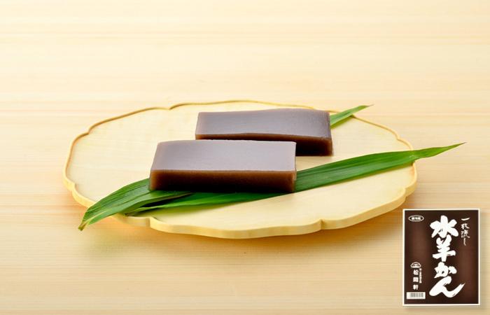 みずみずしい食感と黒糖のコク、あんの程よい甘さ!北陸・福井の冬の銘菓「水羊かん」